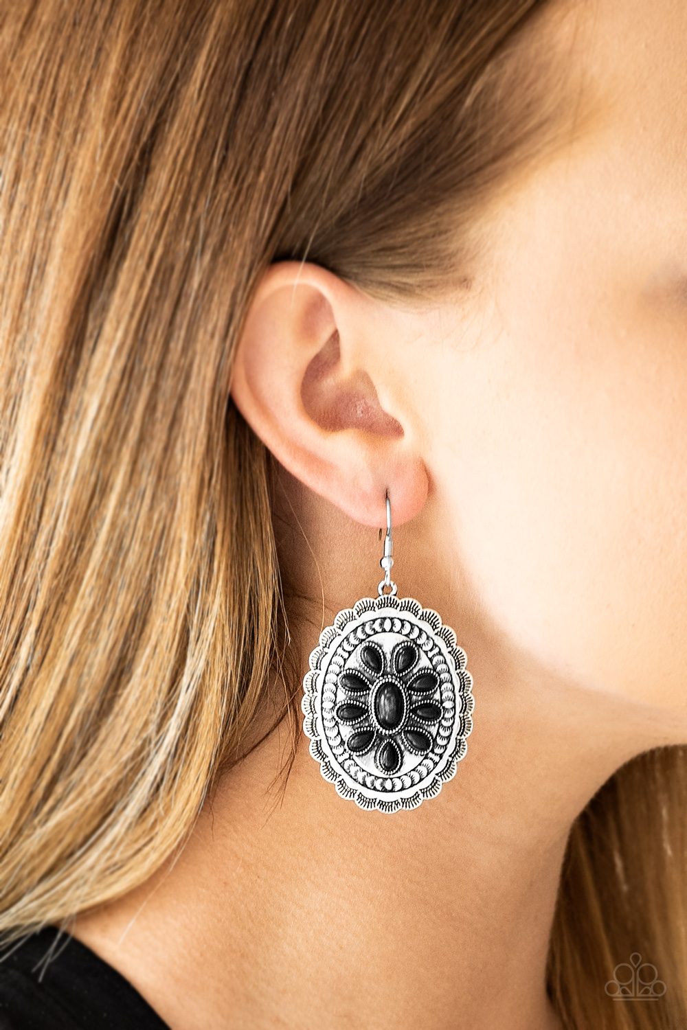 Absolutely Apothecary - Black Earrings $5 my-bling.com