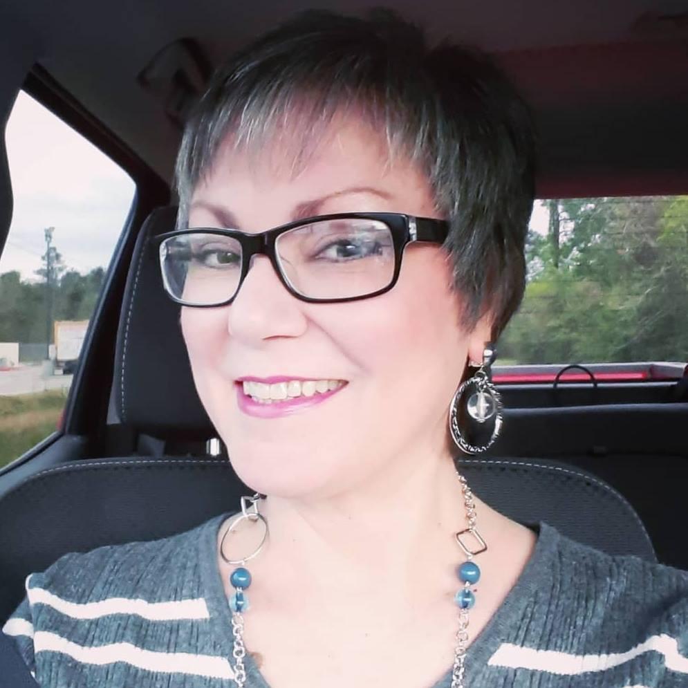 Ready to Rock it Paparazzi Style?  Johanna (Jfay) Bustamento, Paparazzi Independent Consultant #242472