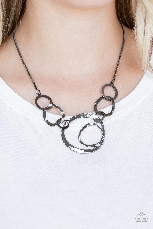 Progressively Vogue - Black Necklace by Paparazzi $5 my-bling.com