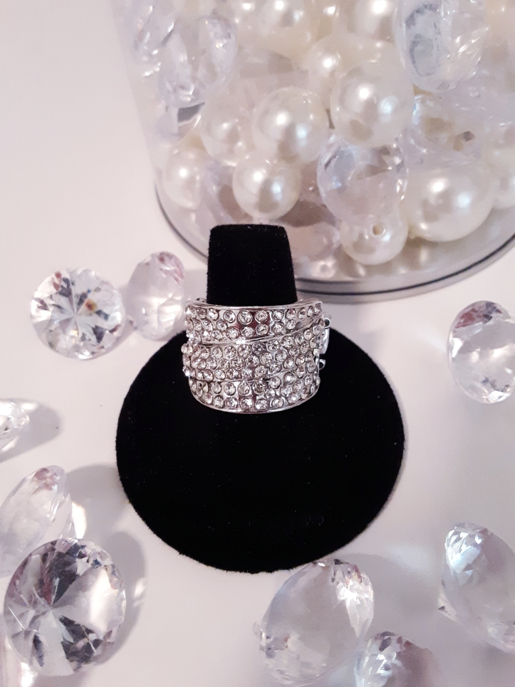 Millionaires Club Rhinestone Ring $5 Contact Jfay to Purchase