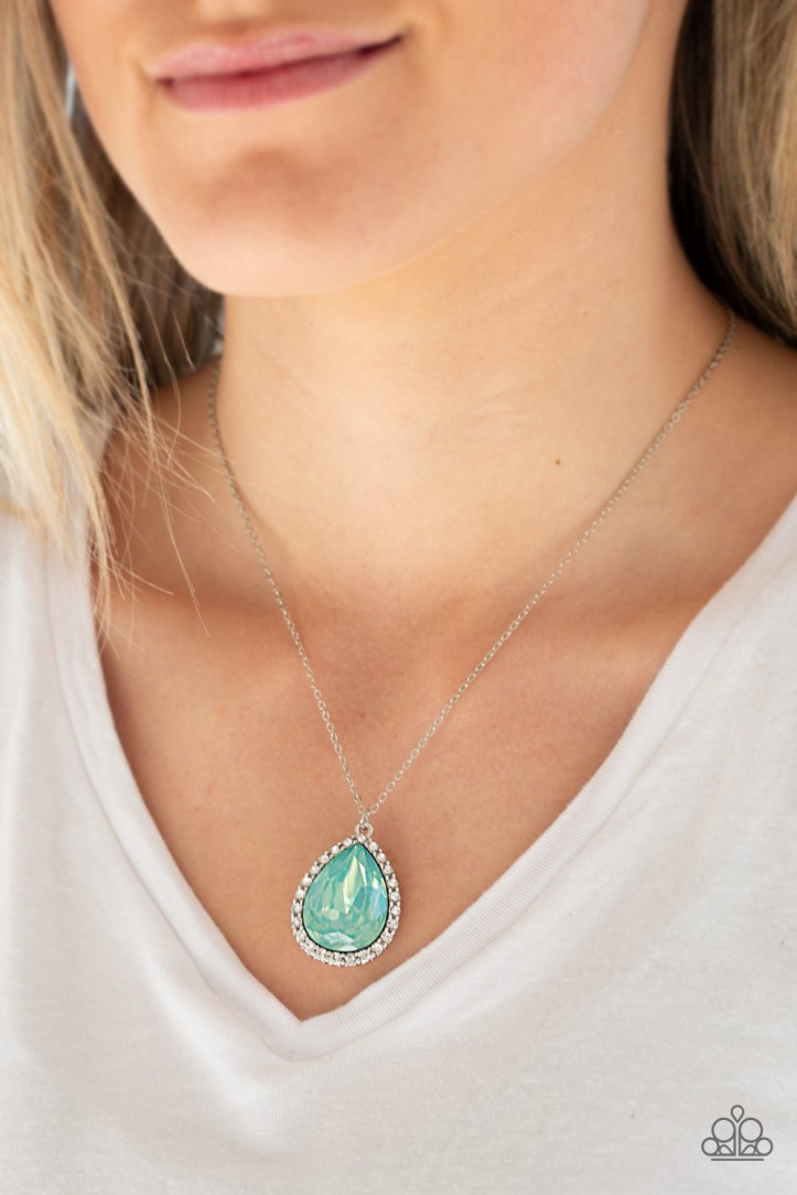Gorgeous Green Iridescent Jewel Necklace with Rhinestones from Paparazzi $5 my-bling.com